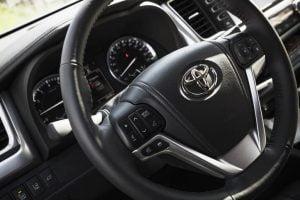 Toyota Service & Repair Image